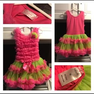 Popatu Girls Dress Size Medium(5/6)